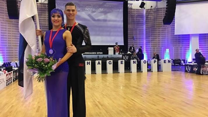Euroopa meistri tiitli võitis Eesti paar, Konstantin Gorodilov ja  Dominika Bergmannova.